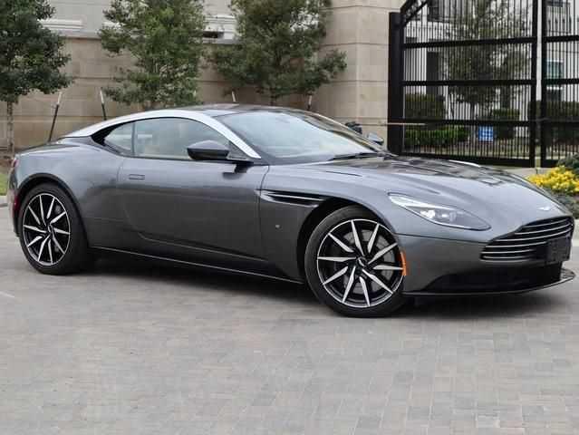 Aston Martin DB11 2017 $149900.00 incacar.com