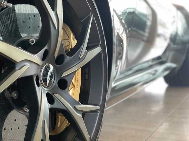 Aston Martin DBS 2019 $358376.00 incacar.com