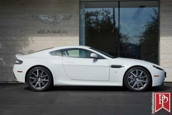 Aston Martin V8 Vantage 2013 $84950.00 incacar.com