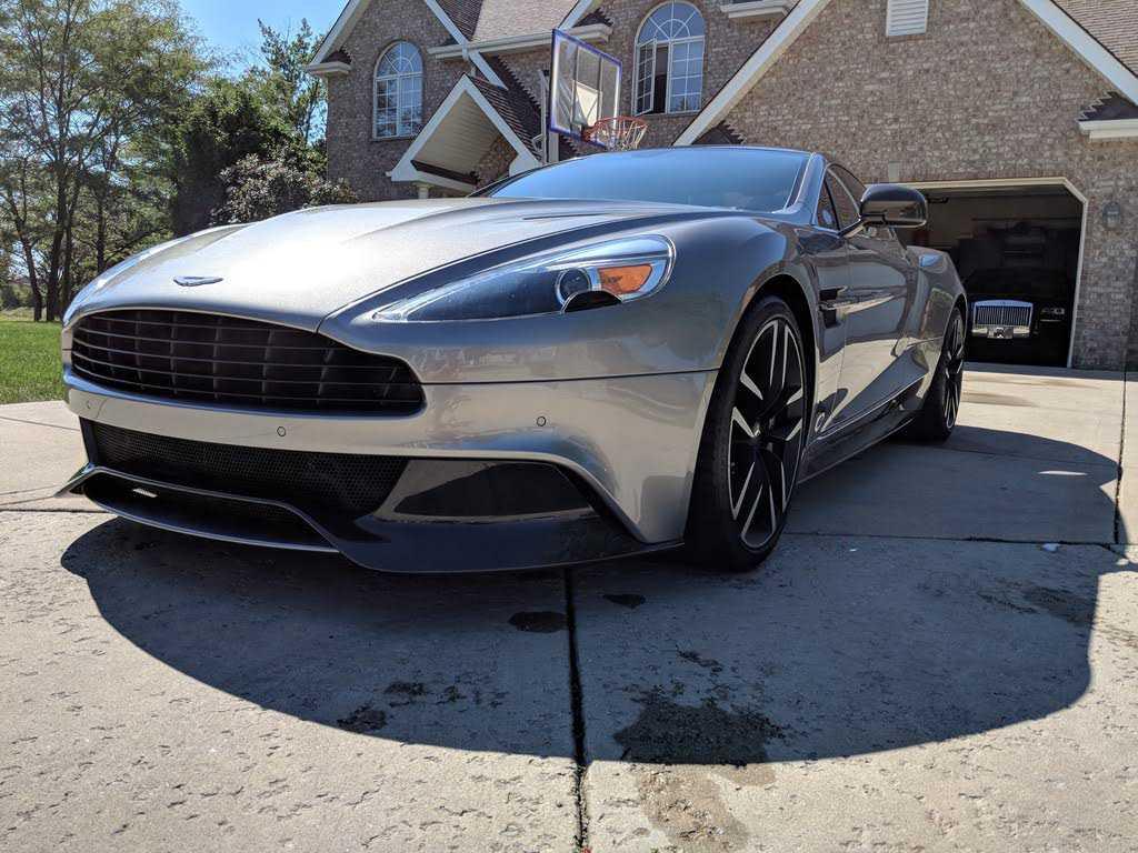 Aston Martin Vanquish 2015 $132000.00 incacar.com