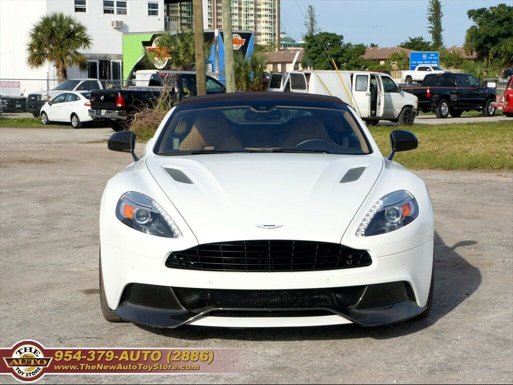Aston Martin Vanquish 2015 $159950.00 incacar.com