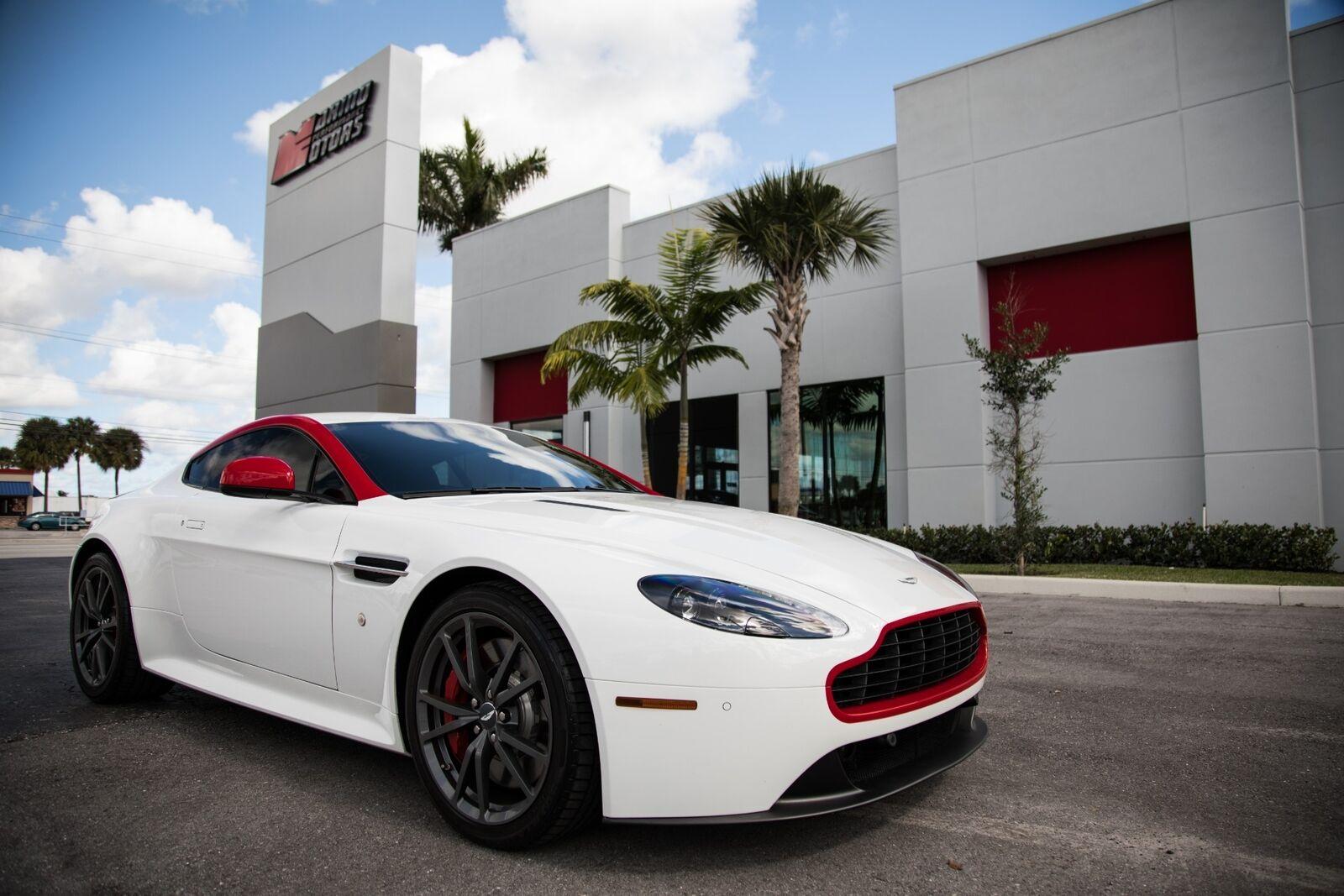 Aston Martin Vantage 2015 $74900.00 incacar.com