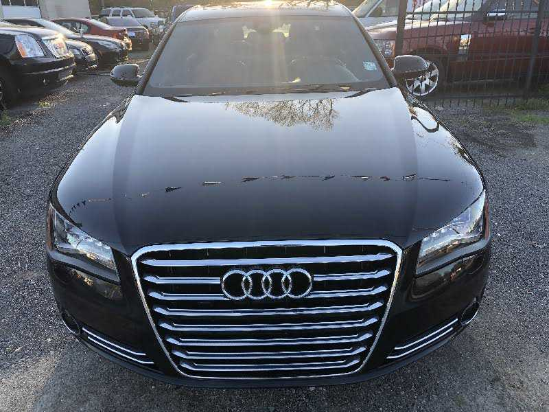 Audi A8 2012 $23499.00 incacar.com