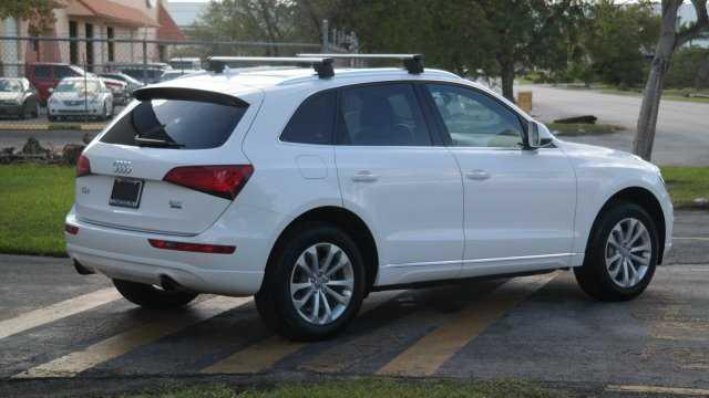 Audi Q5 2016 $26590.00 incacar.com