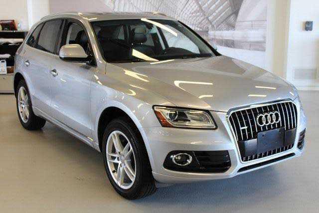 Audi Q5 2017 $31559.00 incacar.com
