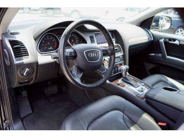 used Audi Q7 2013 vin: WA1LGAFE9DD015560