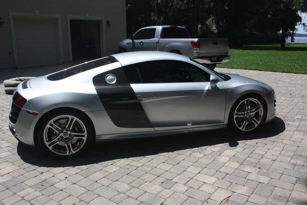 Audi R8 2011 $124900.00 incacar.com