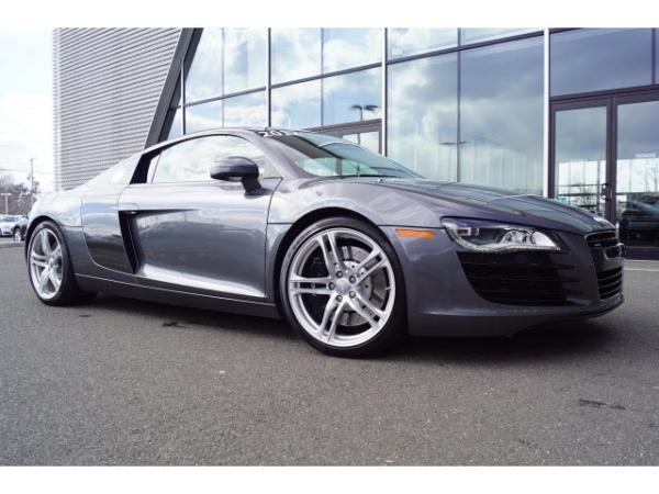Audi R8 2012 $84997.00 incacar.com