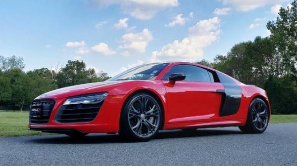 Audi R8 2014 $109350.00 incacar.com