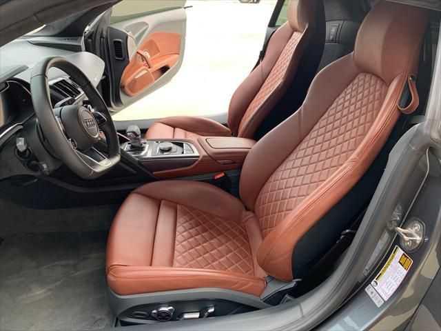 Audi R8 2017 $132880.00 incacar.com