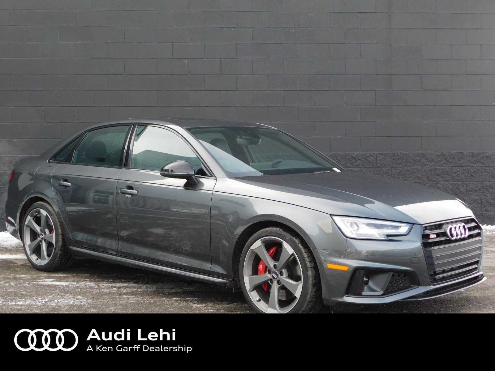 used Audi S4 2019 vin: WAUB4AF44KA013373