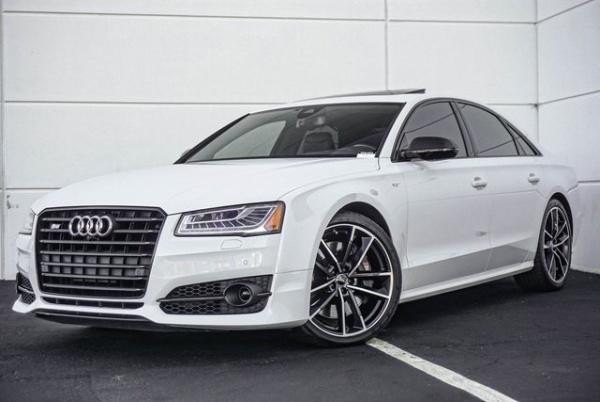Audi S8 2017 $87800.00 incacar.com
