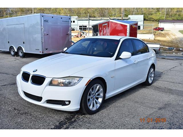 used BMW 3-Series 2011 vin: WBAPH7G52BNN03243