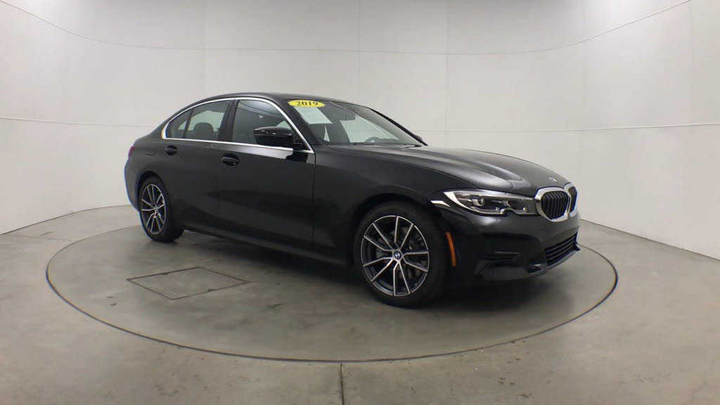 used BMW 3-Series 2019 vin: WBA5R1C52KAK11557