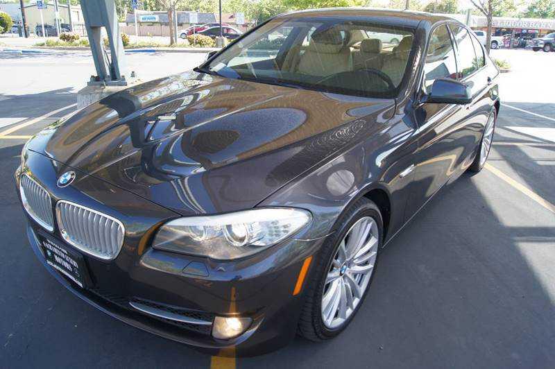 BMW 5-Series 2011 $15900.00 incacar.com