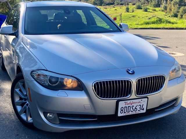 BMW 5-Series 2011 $7500.00 incacar.com