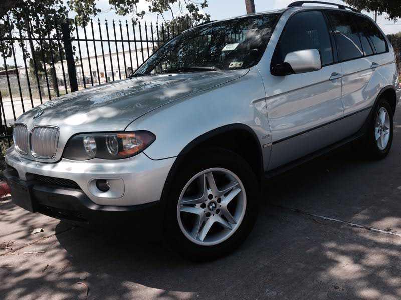 BMW X5 2004 $1000.00 incacar.com