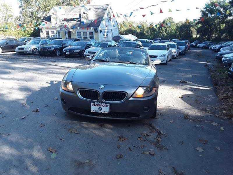 used BMW Z4 2004 vin: 4USBT33544LR69422