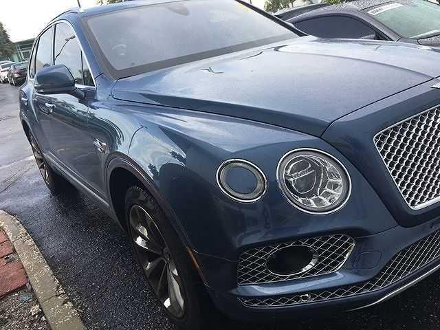 used Bentley Bentayga 2017 vin: SJAAC2ZV4HC013108