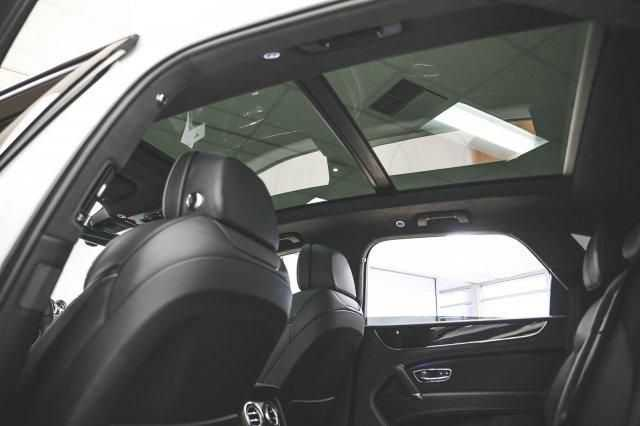 Bentley Bentayga 2018 $273880.00 incacar.com