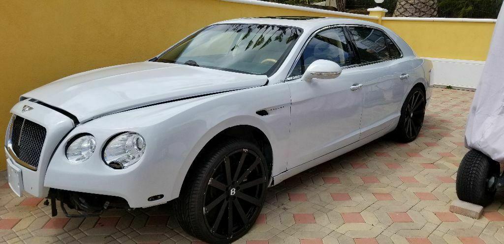 Bentley Flying Spur 2015 $55000.00 incacar.com