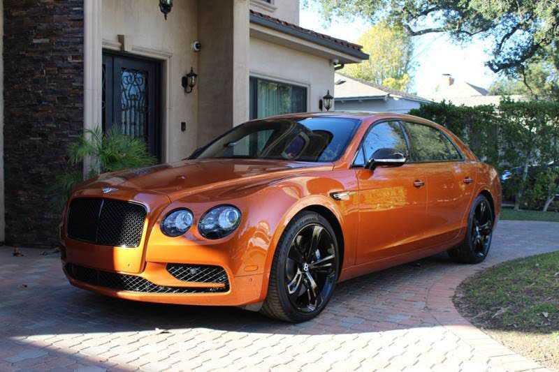 Bentley Flying Spur 2018 $215000.00 incacar.com