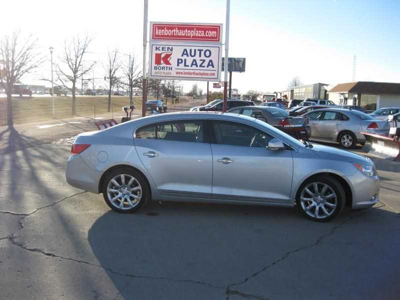 Buick LaCrosse 2010 $16895.00 incacar.com