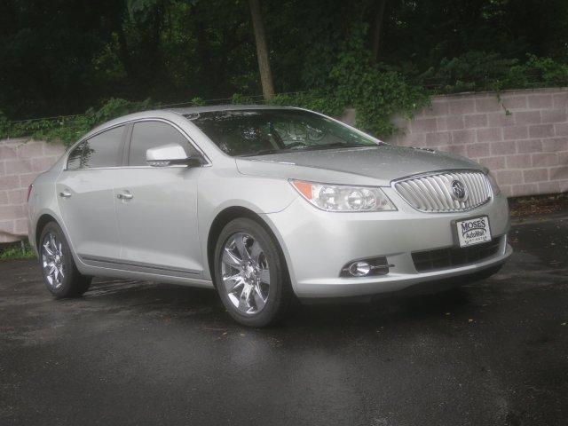 Buick LaCrosse 2011 $18267.00 incacar.com