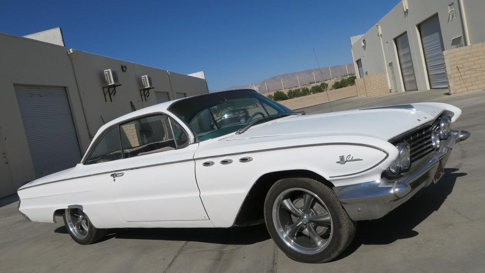 Buick Le Sabre 1961 $12500.00 incacar.com