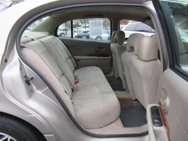Buick Le Sabre 2003 $3750.00 incacar.com