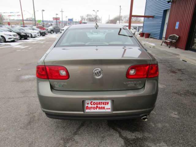 Buick Lucerne 2011 $13995.00 incacar.com