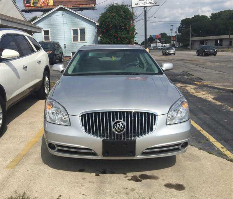 Buick Lucerne 2011 $8900.00 incacar.com