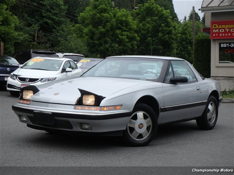 Buick Reatta 1990 $4950.00 incacar.com