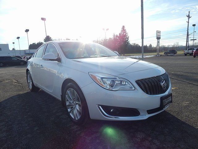 Buick Regal 2017 $23950.00 incacar.com