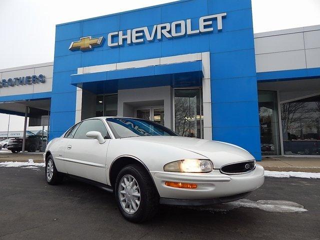 Buick Riviera 1999 $5950.00 incacar.com