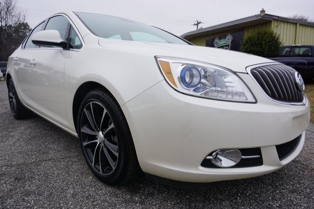 Buick Verano 2016 $14180.00 incacar.com