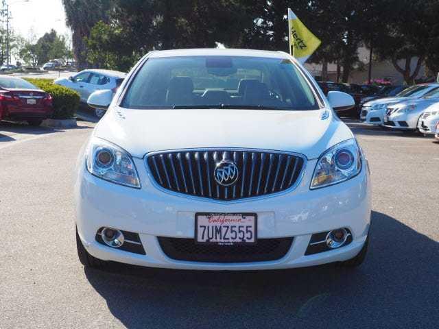 Buick Verano 2017 $14395.00 incacar.com