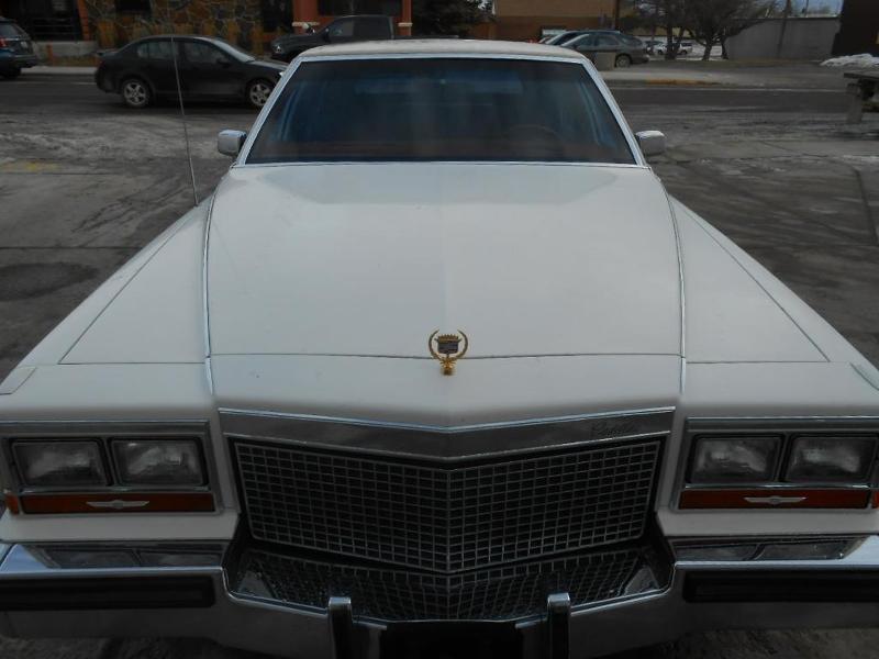 Cadillac Brougham 1987 $4600.00 incacar.com