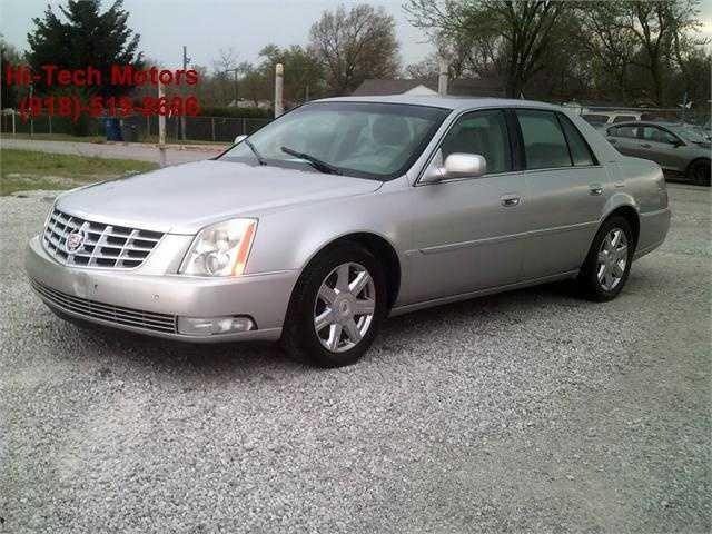 Cadillac DTS 2007 $5000.00 incacar.com