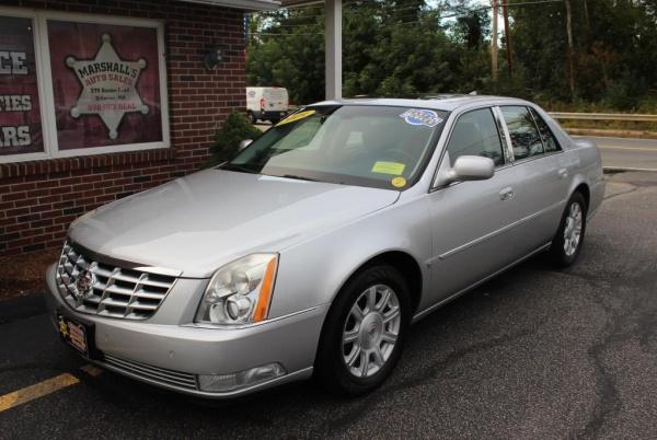 Cadillac DTS 2009 $15995.00 incacar.com