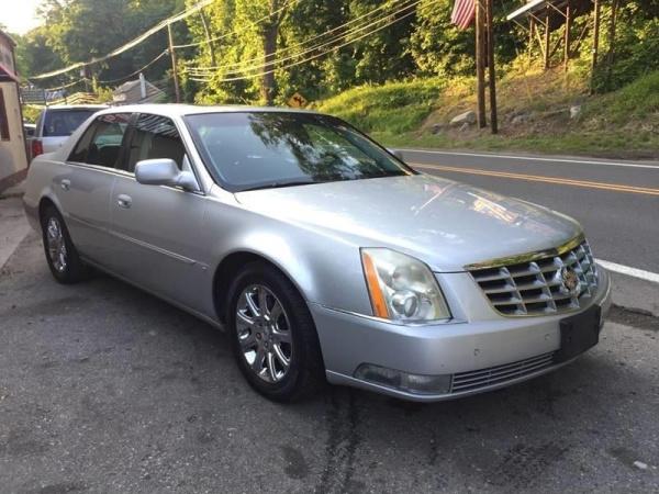 Cadillac DTS 2009 $3995.00 incacar.com