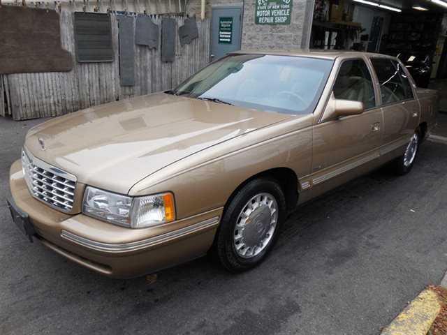 Cadillac De Ville 1999 $5995.00 incacar.com