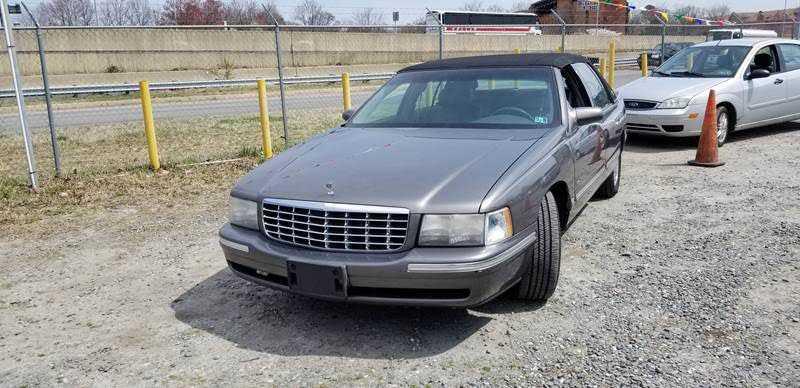 Cadillac De Ville 1999 $500.00 incacar.com