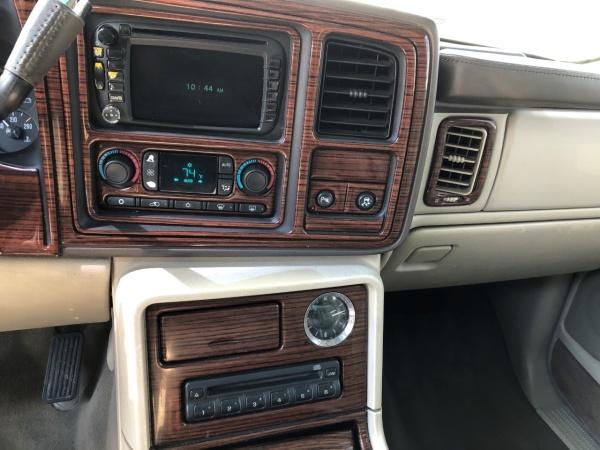 Cadillac Escalade 2004 $7985.00 incacar.com