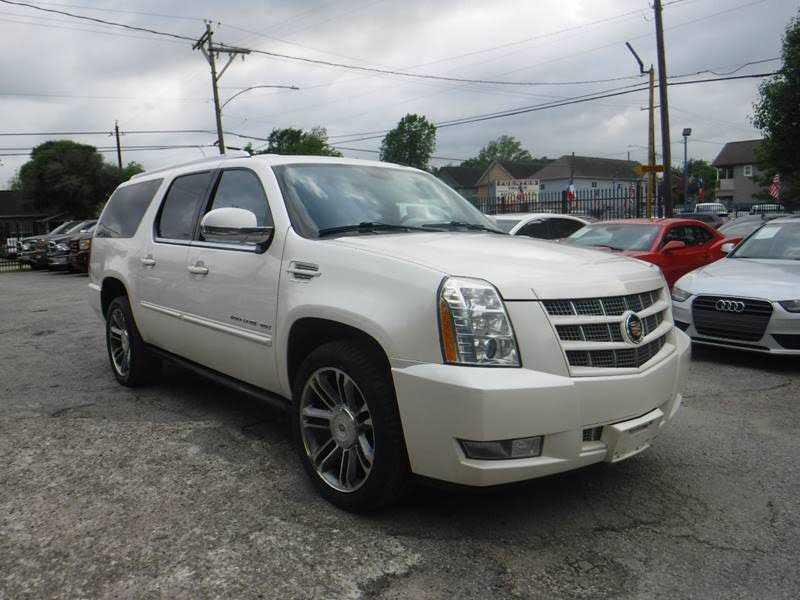 Cadillac Escalade 2013 $15995.00 incacar.com