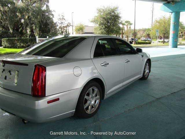 Cadillac STS 2011 $3650.00 incacar.com