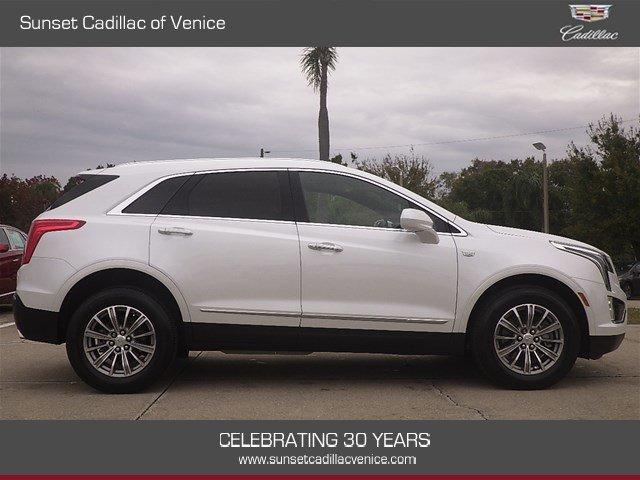 Cadillac XT5 2017 $34899.00 incacar.com