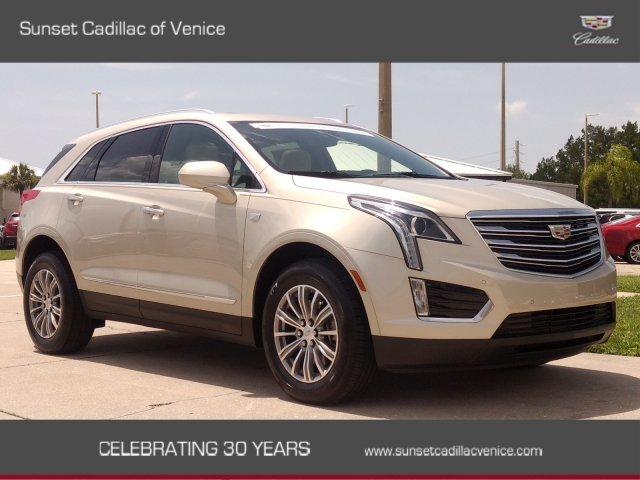 Cadillac XT5 2017 $36899.00 incacar.com