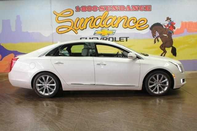 Cadillac XTS 2013 $15900.00 incacar.com