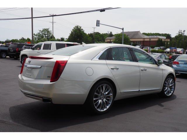 Cadillac XTS 2013 $18000.00 incacar.com